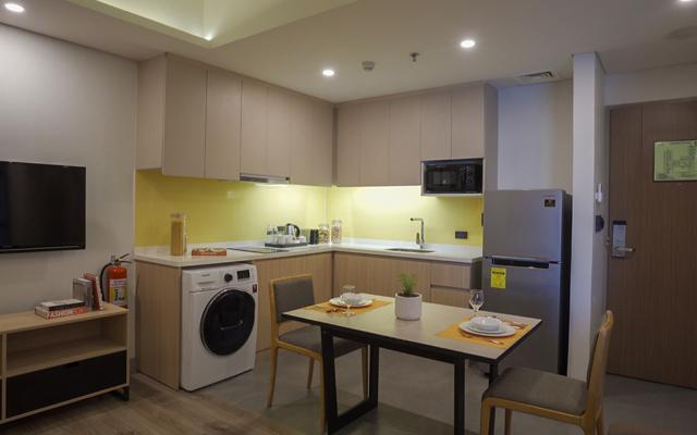 Citadines Amigo Iloilo units come with a kitchen, dining area, and washing machine