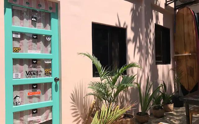 la union airbnb pink surf house