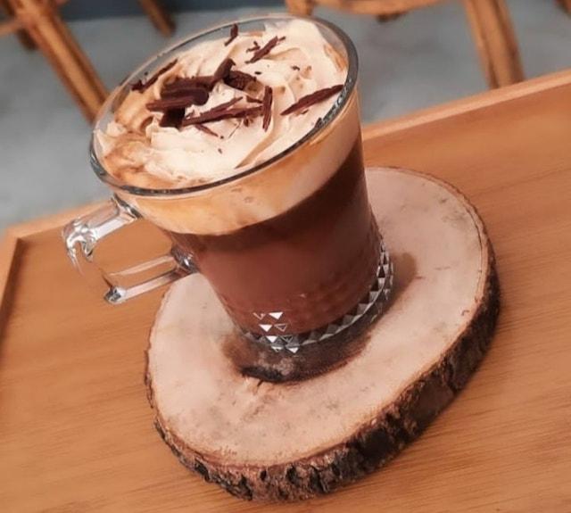 cafe in poblacion