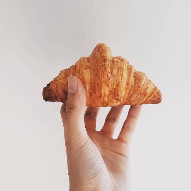 28 Derby croissants