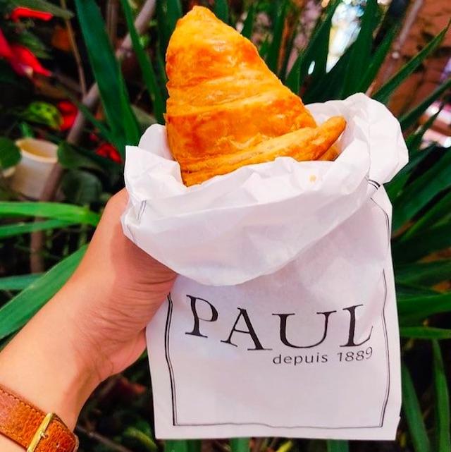 PAUL Boulangerie croissants