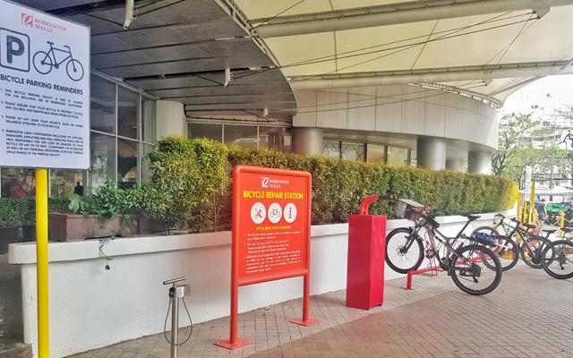 Robinsons Place Manila bike parking