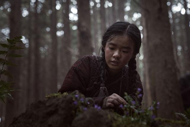 Kim Shi A as Young Ashin with the resurrection plant