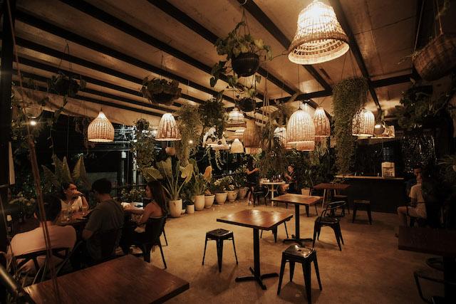 The Daily Grind Cebu al-fresco cafe