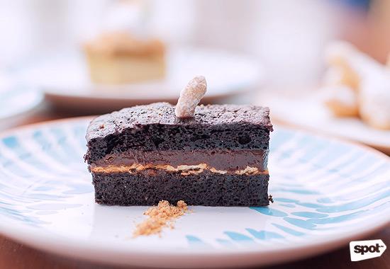 13 Ubay Chocolate Praline Cake
