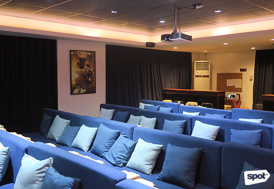 Cinema 76