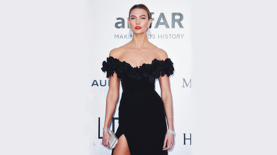 678ab9c965e7 PAL clarifies incident with Karlie Kloss