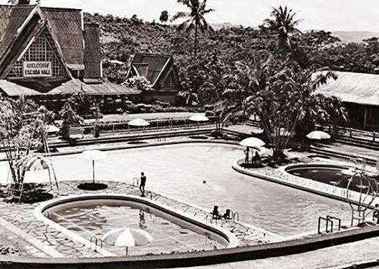 Manila Plazas and Parks