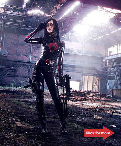 As G.I. Joe's The Baroness. Photo by Ashley Gosiengfiao.