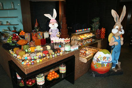 crowneplaza_easter-dessert