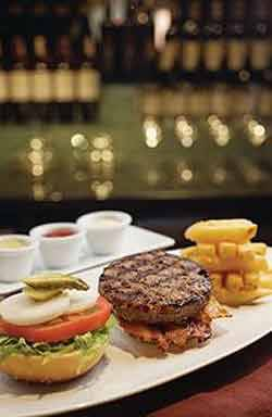 thelounge_gourmetburgers