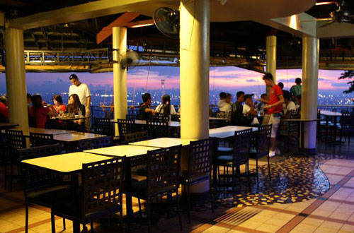 Enjoy the great view at Padi's Point