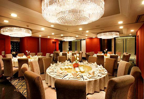 Gloria Maris Shark's Fin Restaurant