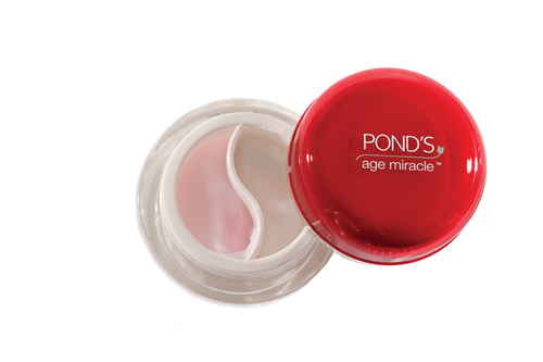 Pond's Age Miracle Dual Action Eye Cream, P499