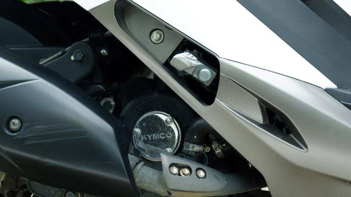 Kymco X-Town CT 300i Compartment