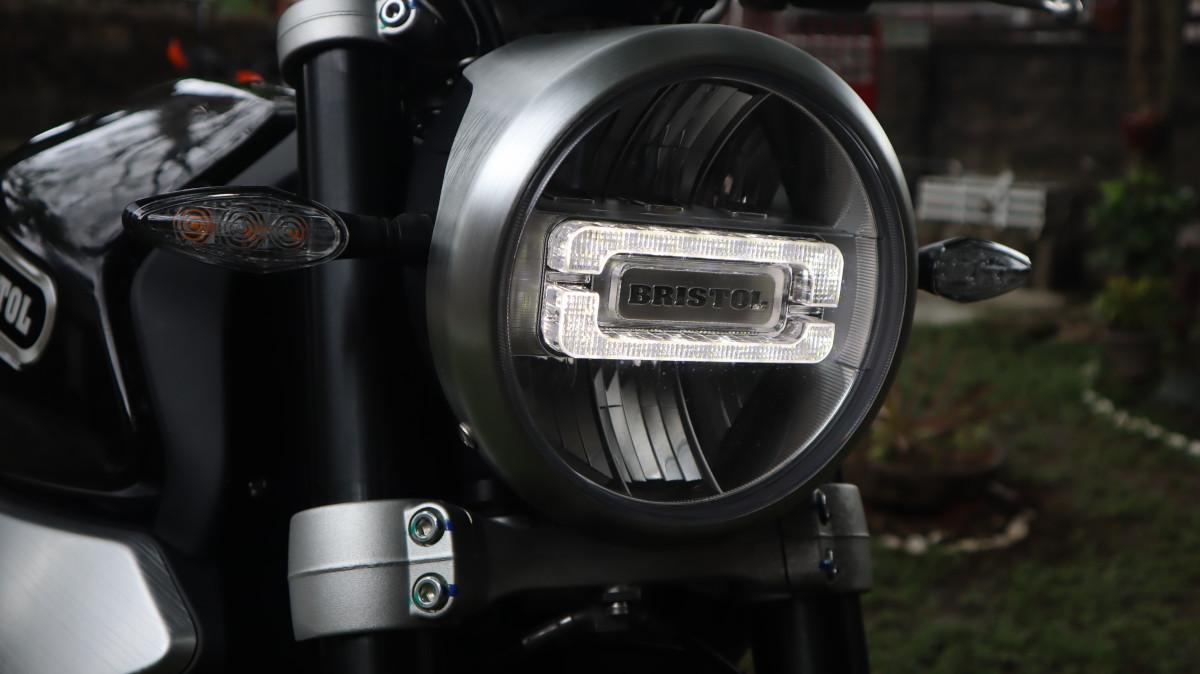 Bristol Veloce 500 Headlight