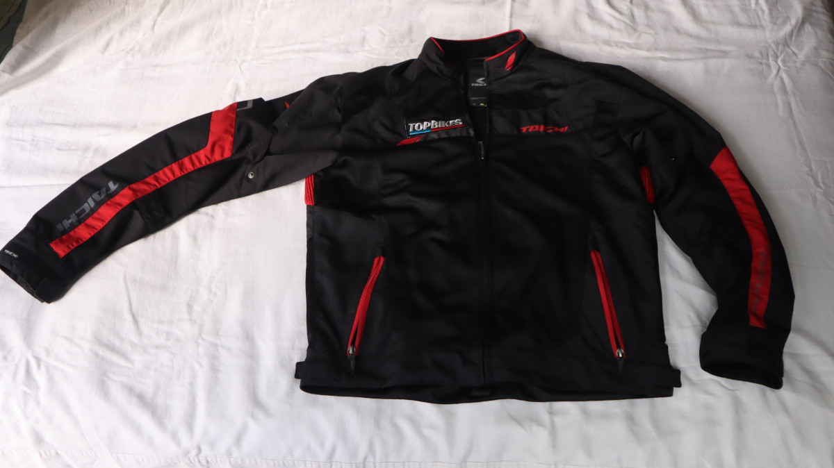 RS Taichi RSJ320 Crossover Mesh Front Jacket Details