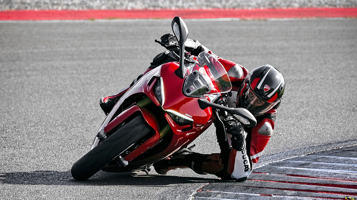 Red Ducati SuperSport 950