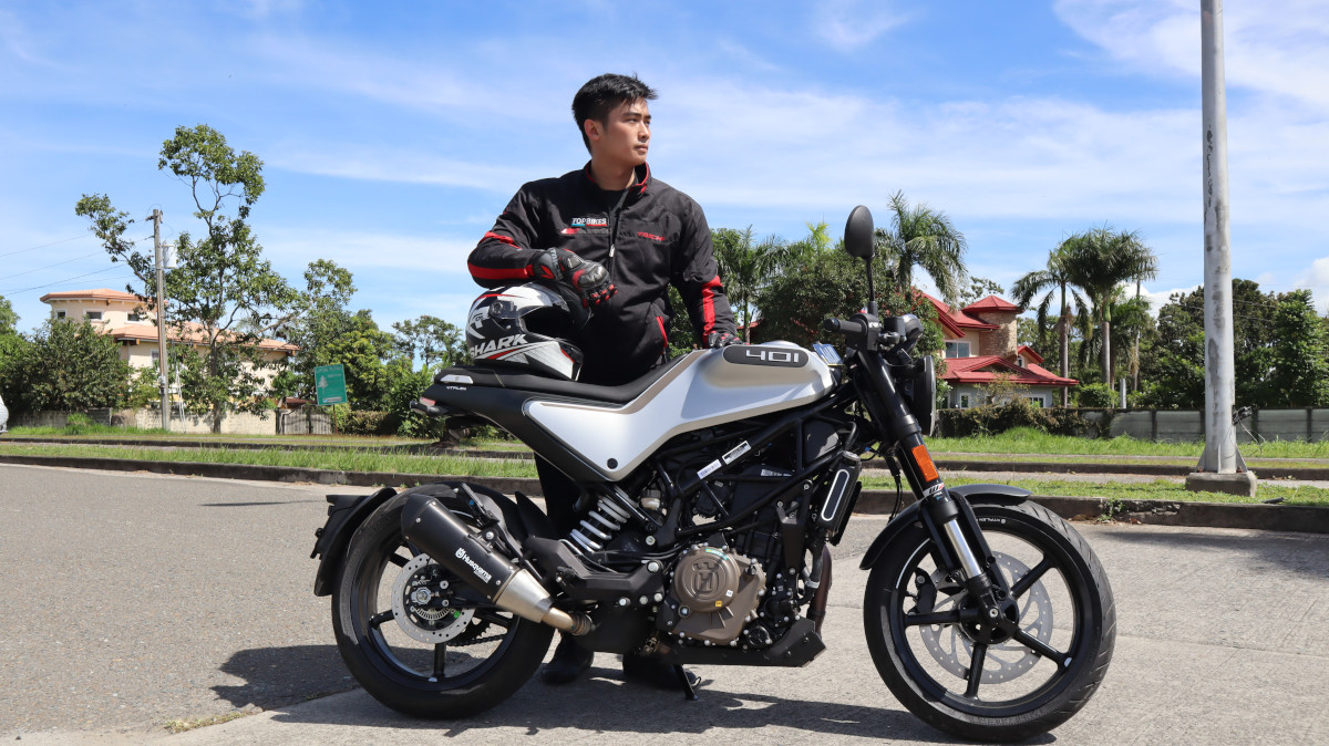 Rider and the Husqvarna Vitpilen 401