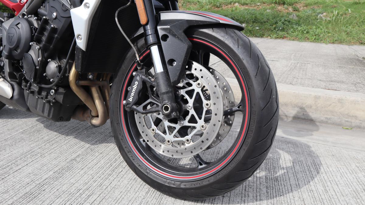 Triumph Street Triple R Tires