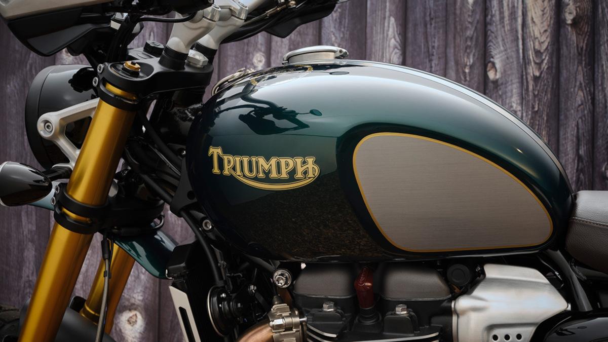 retro Triumph badge