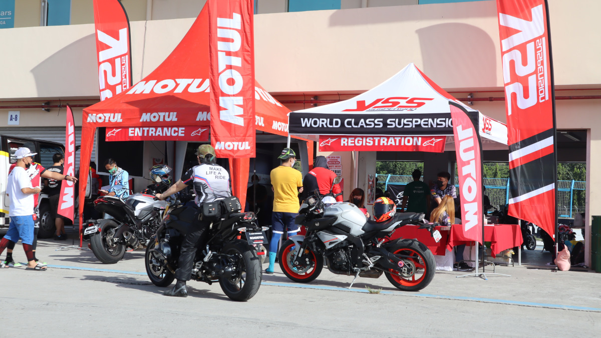 Alpinestars second official track day