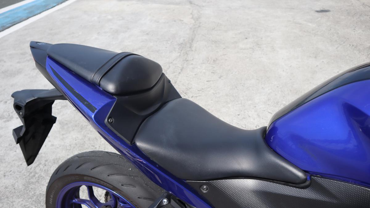 2018 Yamaha YZF-R3 Saddle