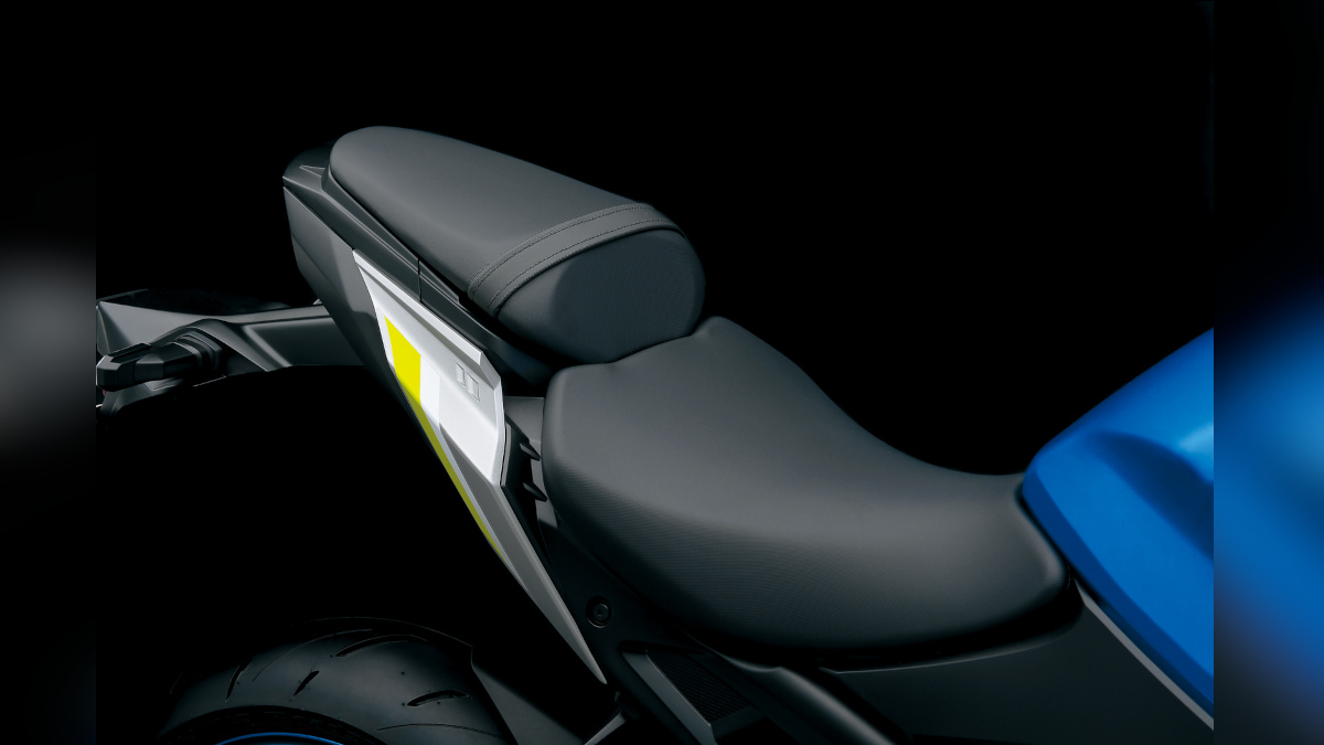 Suzuki GSX-S1000 Saddle