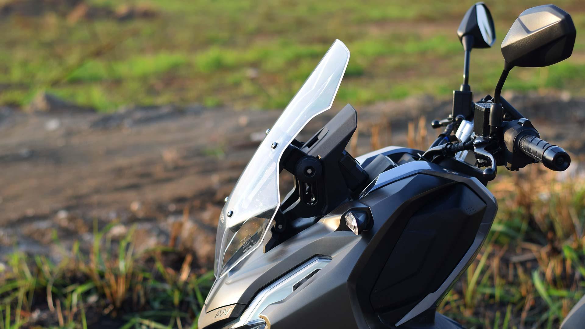 Honda ADV 150 Windshield