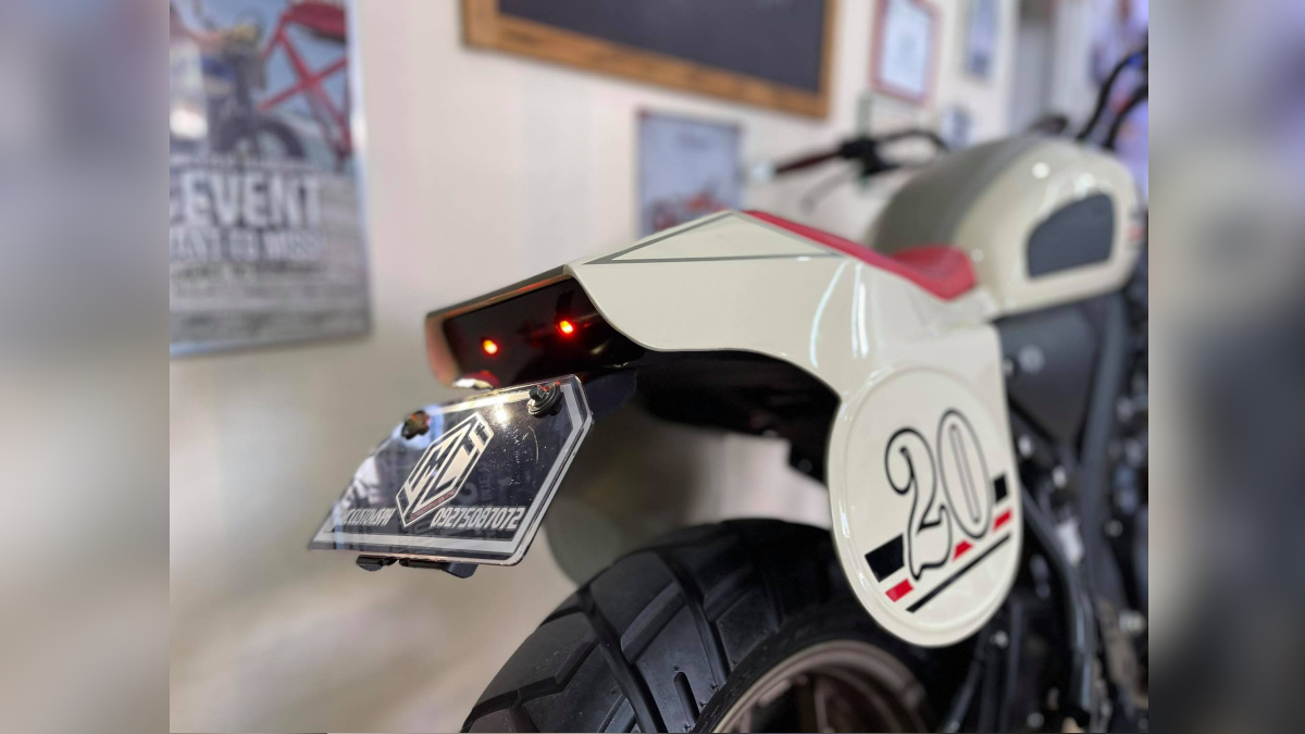 Yamaha XSR155 Taillight