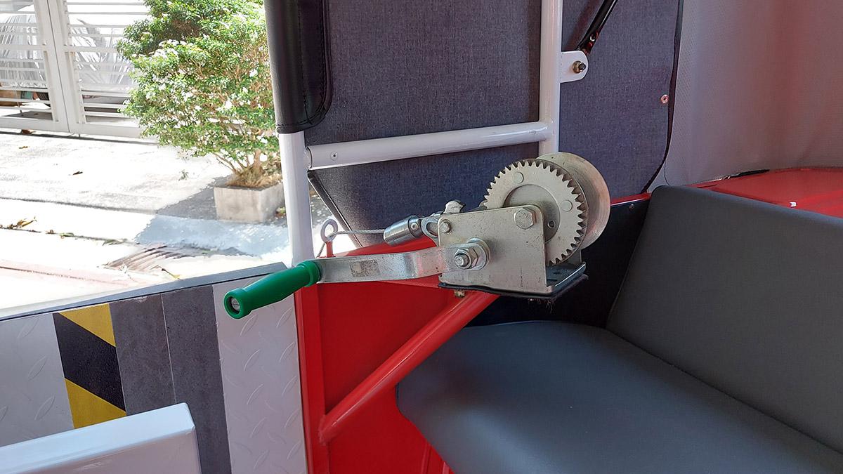 Bajaj RE Seatbelt