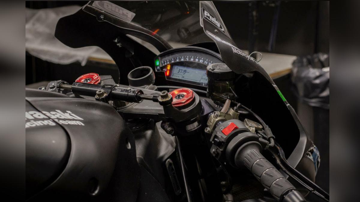 2016 Kawasaki Ninja ZX-10RR Instrument Panel
