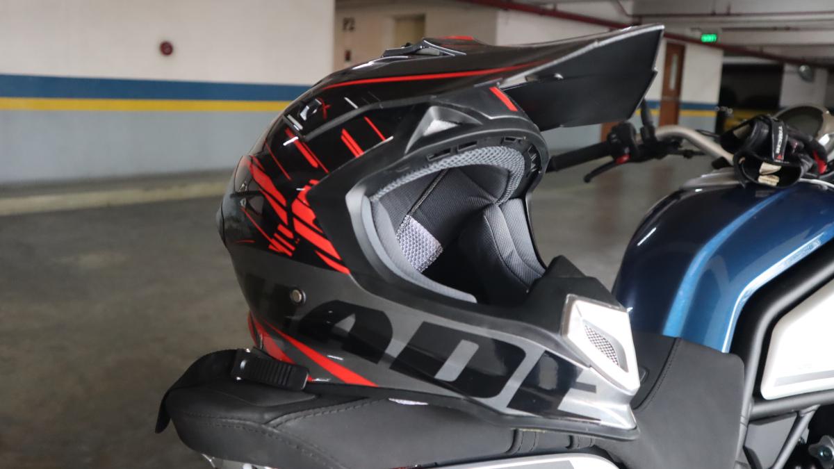 Lev3 BJ-8840 Helmet in Shade Dark Silver/Red color scheme