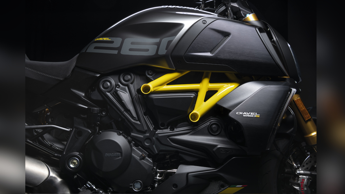 2022 Ducati Diavel 1260 S 1,262cc V-twin engine