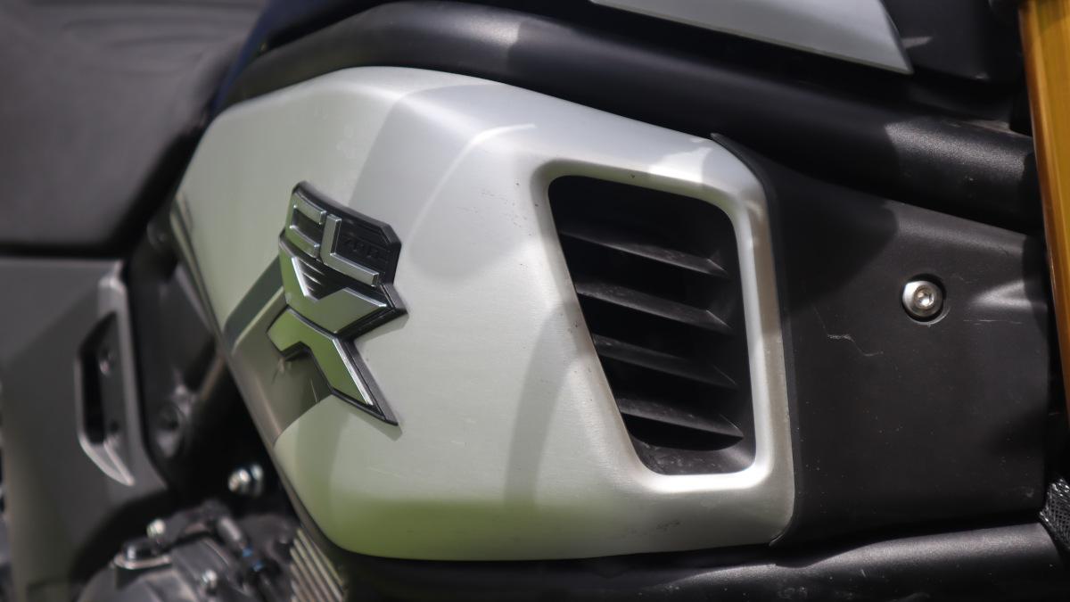 2021 CFMoto 700 CL-X Heritage Emblem