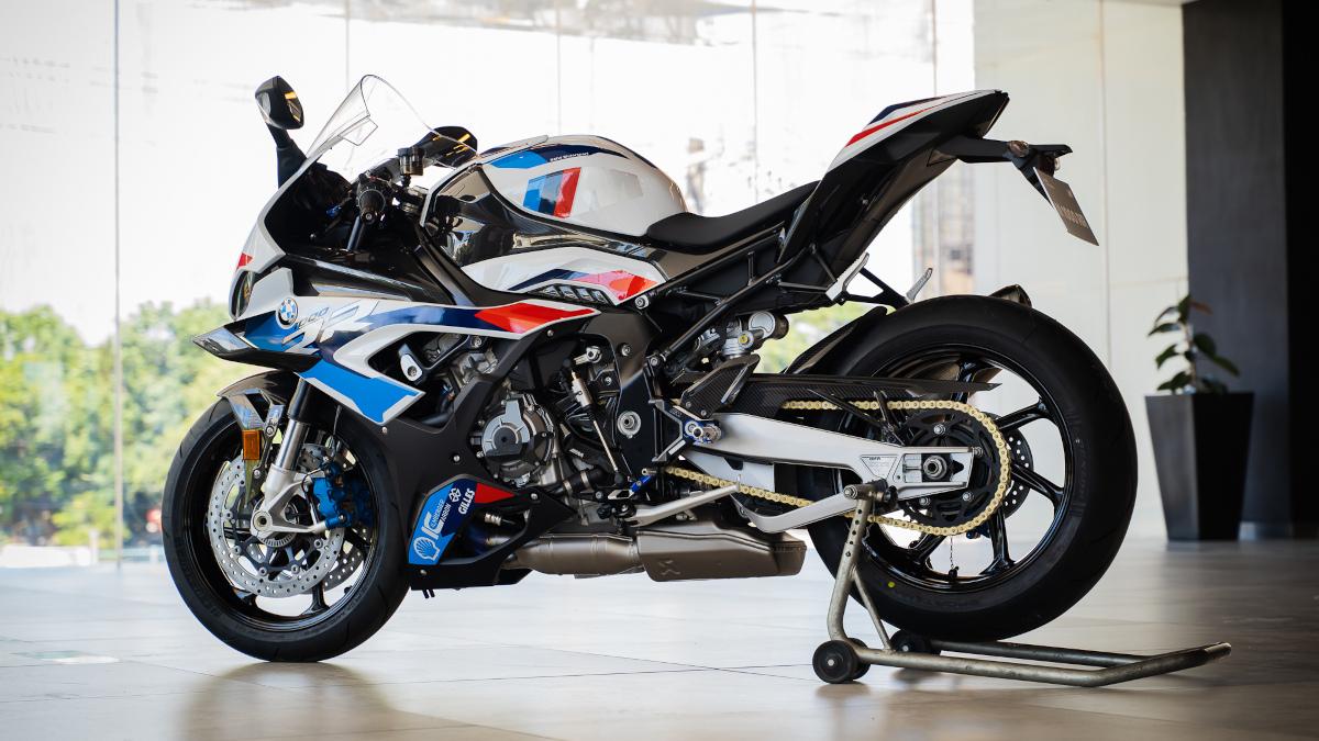 2021 BMW M1000RR
