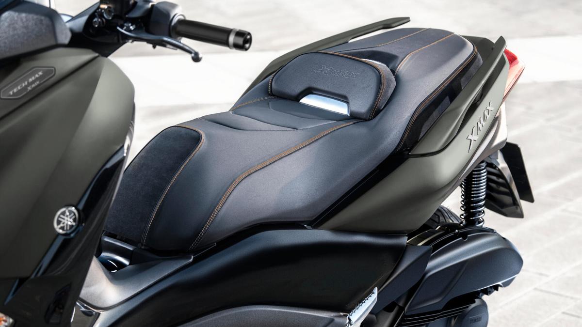 2021 Yamaha XMax 125 Tech Max Saddle