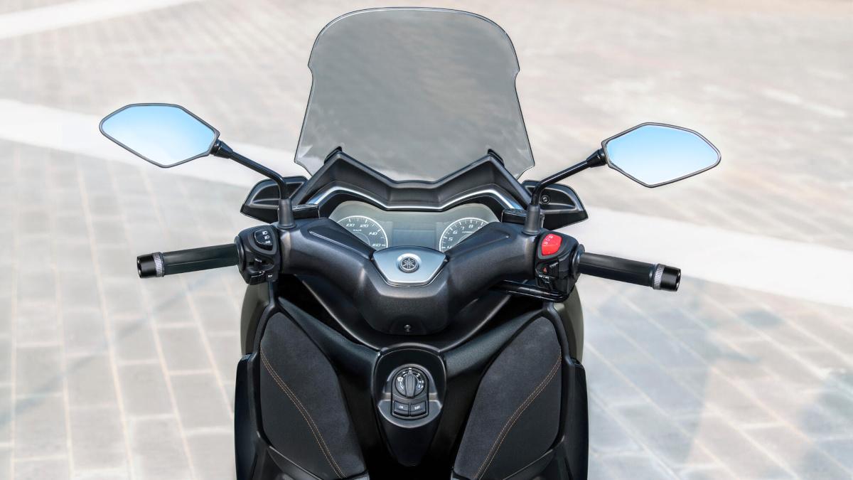2021 Yamaha XMax 125 Tech Max windshield