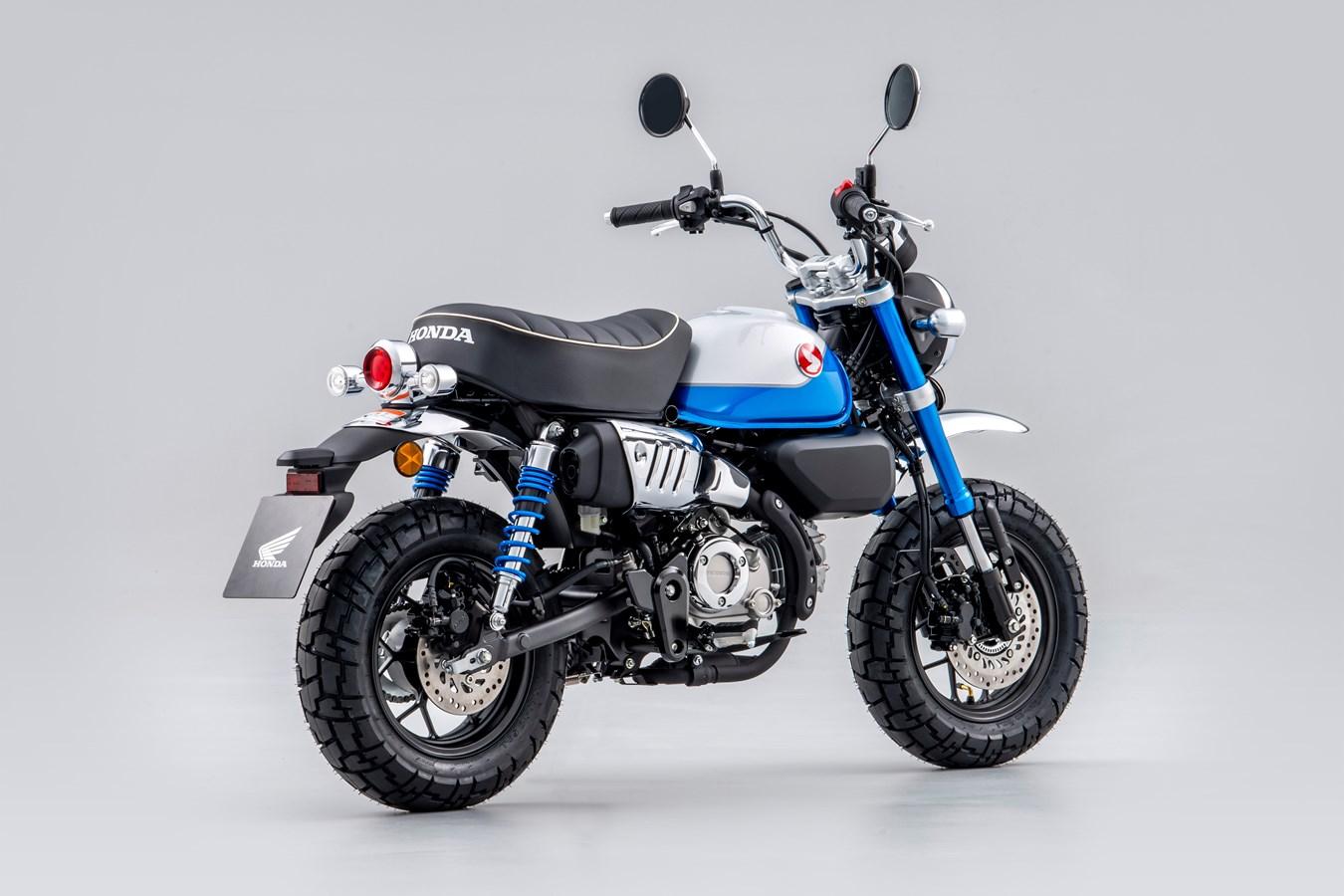 Pearl Glittering Blue 2021 Honda Monkey 125
