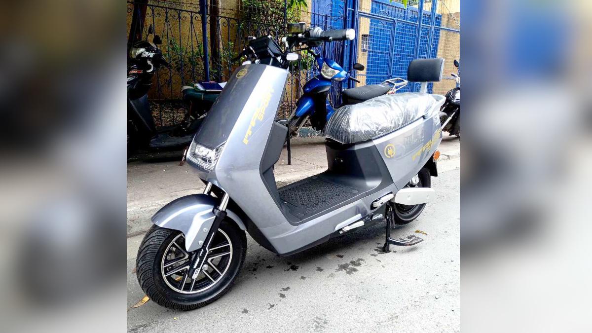 NEU Italia Sport electric scooter