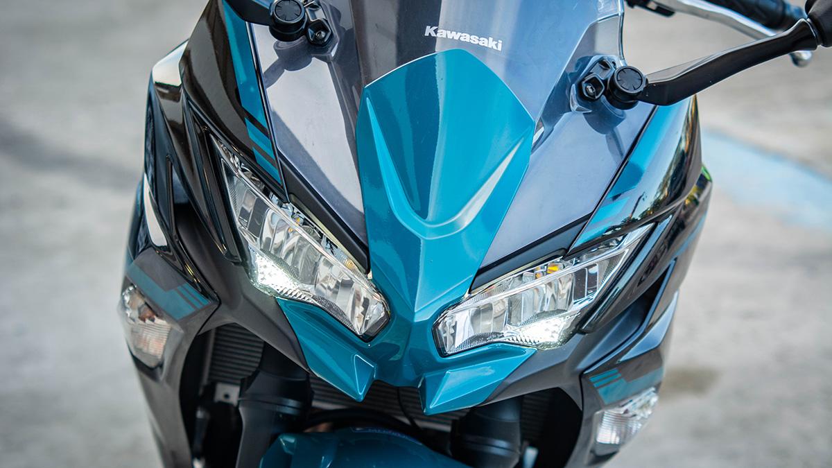 2021 Kawasaki Ninja 650 LED headlights