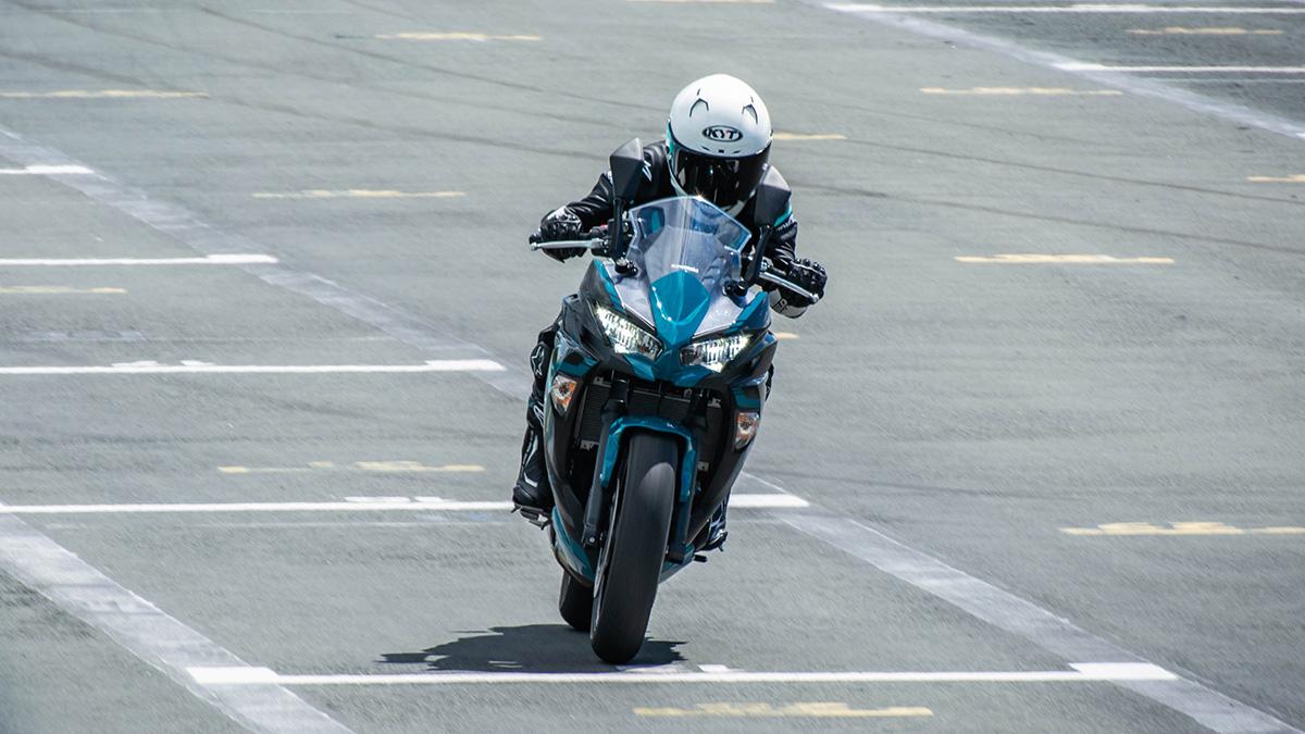 2021 Kawasaki Ninja 650 sport tourer