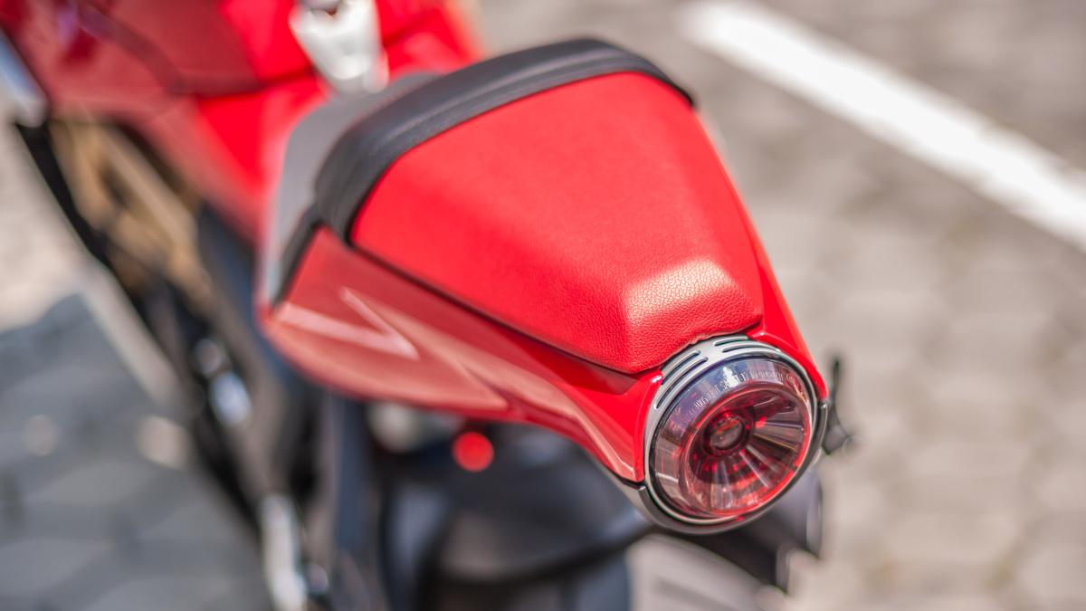 2021 MV Agusta Superveloce taillight