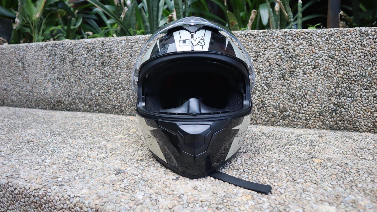 Lev3 BJ-9960 helmet