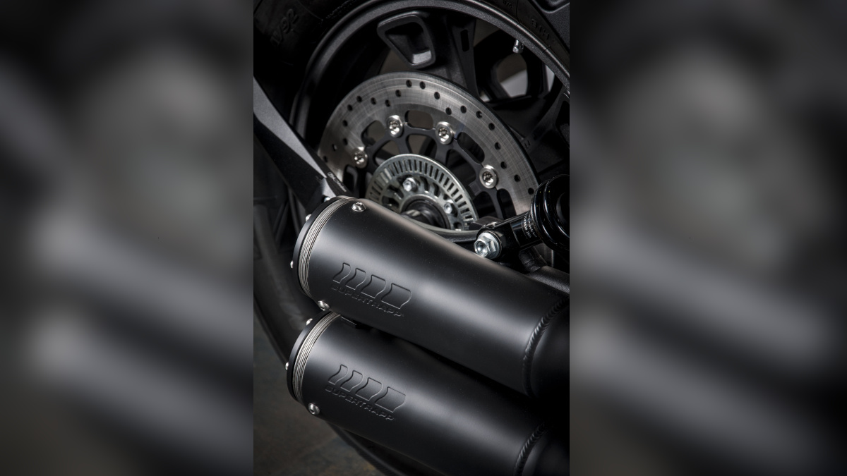 Indian Scout Sixty Supertrapp Black Edition exhaust combo
