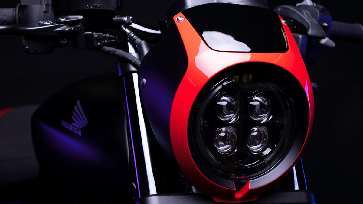 Honda Rebel 1100 Boober Cruiser headlights