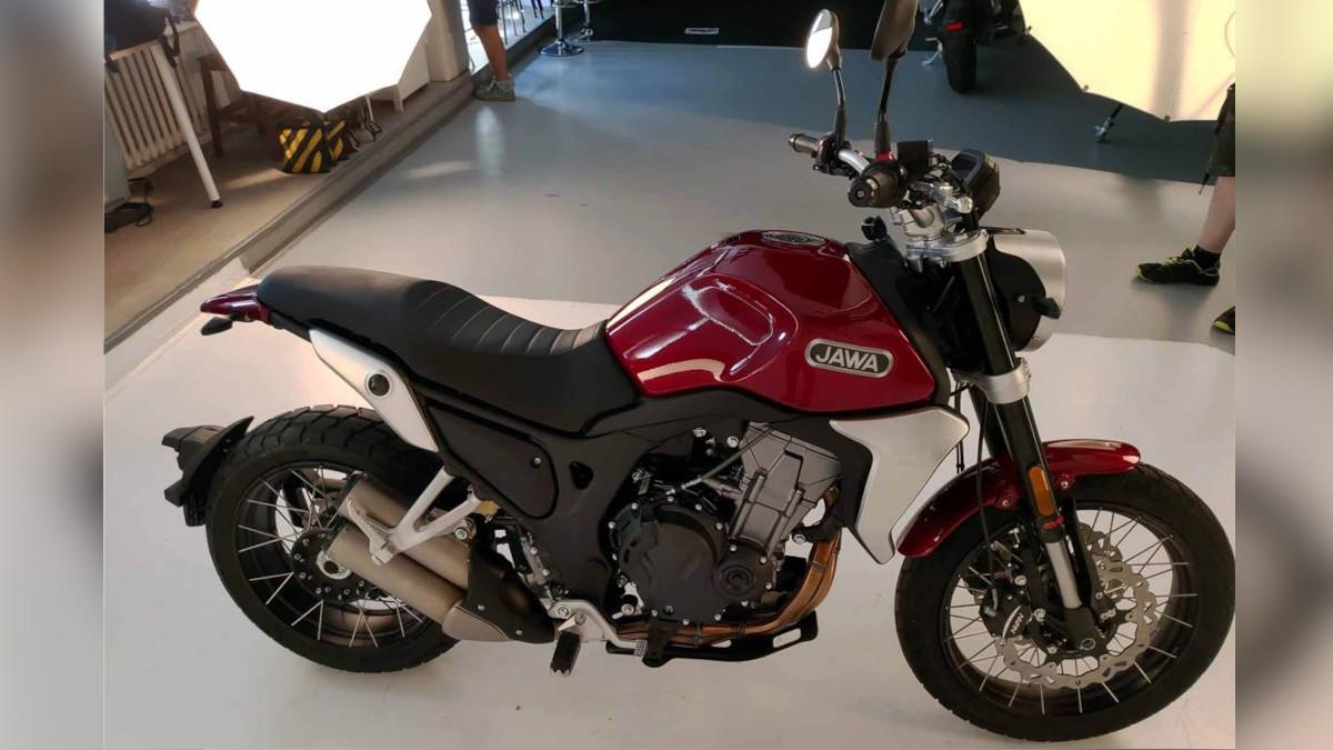 2022 Jawa RVM 500 Scrambler