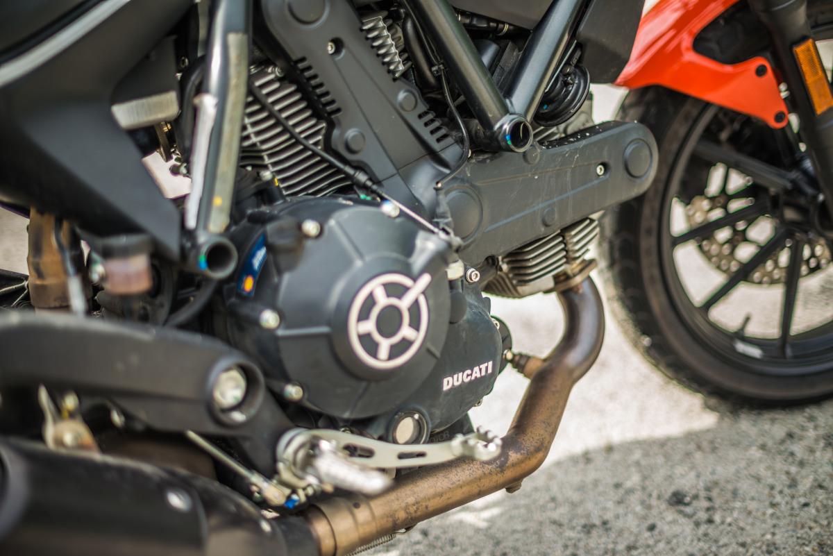 2020 Ducati Scrambler Sixty2 engine