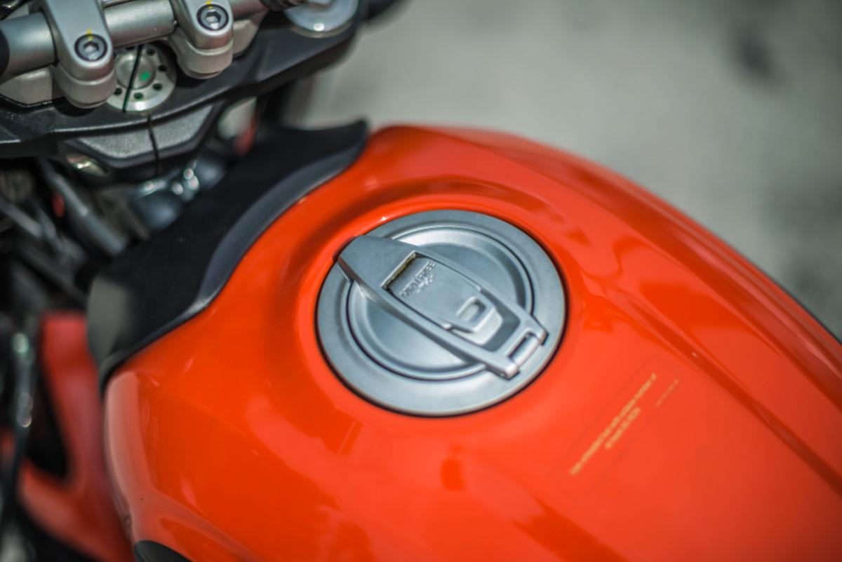 2020 Ducati Scrambler Sixty2 fuel tank