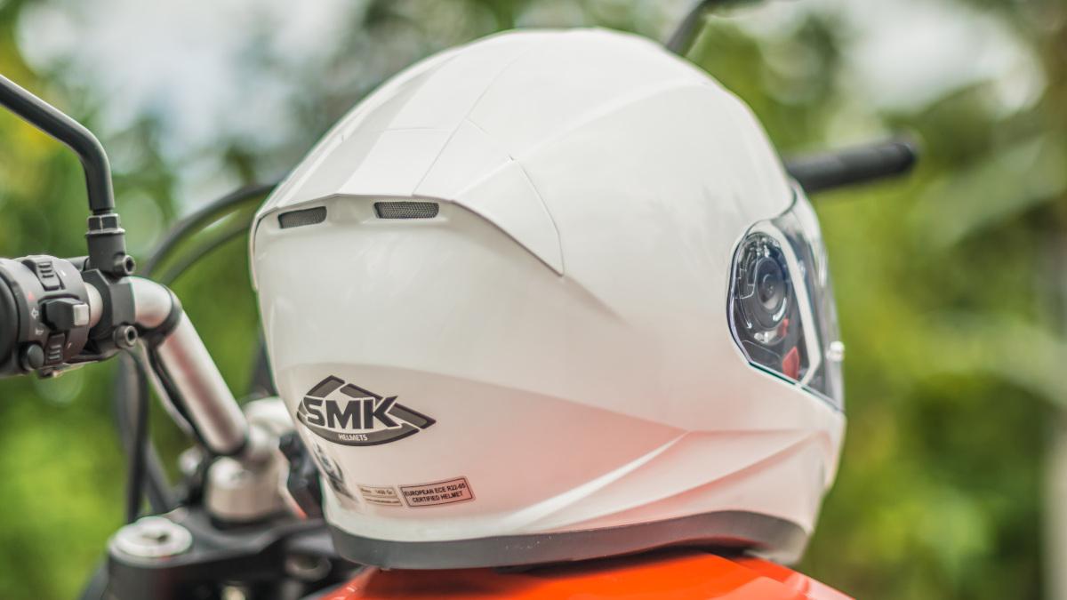 SMK Twister full-face helmet